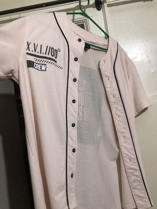 Men's Extra Large Light pink baseball tee from rue21