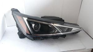 2019-2020 Hyundai Elantra Headlight Halogen Passenger Right RH side OEM # 92102-F2 for Sale in Lawndale, CA