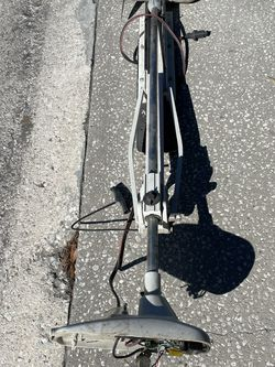 Motor Guide Trolling Motor For Parts for Sale in St. Petersburg,  FL