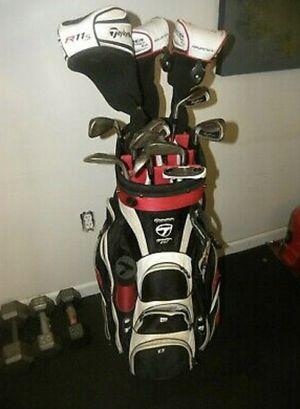 Full Golf Club Set w/Balls for Sale in Myrtle Beach, SC