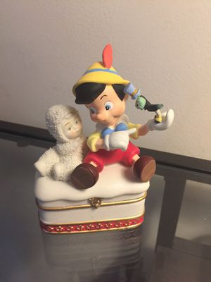 Disney Figurine/Jewelry Holder for Sale in East Haven, CT