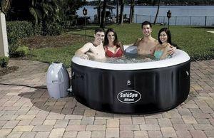 Bestway Miami Hot Tub for Sale in Philadelphia, PA