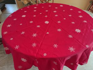 Christmas Tablecloth - 48-inch Round for Sale in Oakland Park, FL