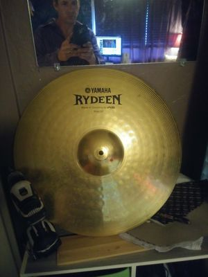 Yamaha drums good set great cymbals for Sale in Scottsdale, AZ