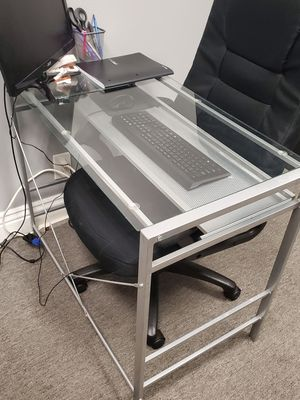 Computer Desk for Sale in Rancho Cucamonga, CA