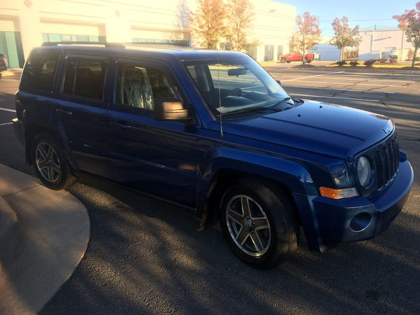 2010 Jeep Patriot Sport - Spotless Condition !!!