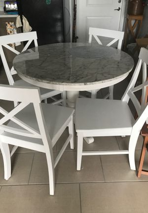 Marble top dining table for Sale in Hollywood, FL