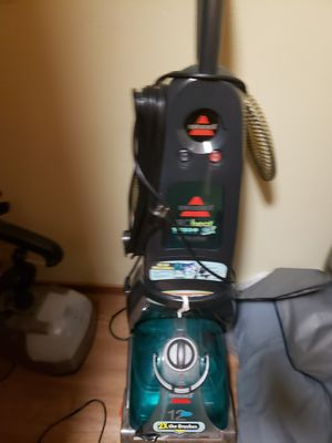 Rug shampooer with upolstery attachments for Sale in Milton, WA