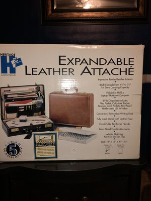 Expandable leather attache for Sale in Fulton, MS