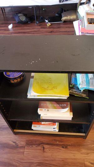 Book shelf for Sale in Pico Rivera, CA