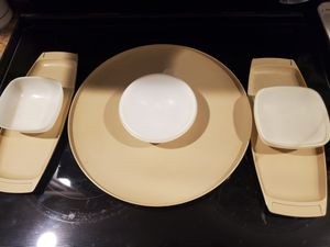 Vintage Tupperware serving set for Sale in Greensboro, NC