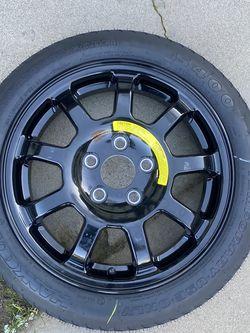 Donut Tire for Sale in Fresno,  CA