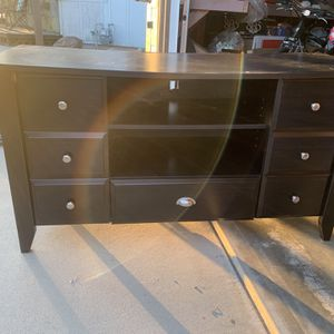 """TV Stand-53"""" Wide for Sale in Fowler, CA"""