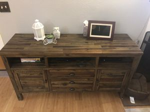 Tv stand/ Console table for Sale in Snohomish, WA