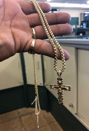 10k REAL GOLD 4 Link Geribaldi Link Chain W Cross Pendant for Sale in Irving, TX