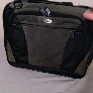 Targus Laptop Briefcase for Sale in Evansville, IN