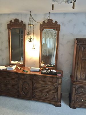 Bedroom set for Sale in Parma Heights, OH