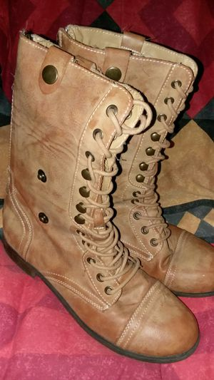 STYLISH Tan - Color Boots! for Sale in Grosse Pointe Park, MI