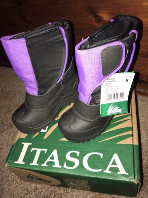 ITASCA KIDS SNOWCAT WATERPROOF SNOW BOOT SIZE 8 for Sale in Columbus, OH
