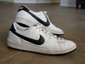 White Nike Sneakers for Sale in El Paso, TX