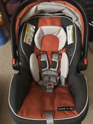 Graco SnugRide Click Connect 35 Infant Car Seat for Sale in Baltimore, MD