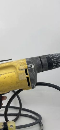 Dewalt DW 257 Dry Wall Screw Gun Free Shipping for Sale in Peoria,  IL