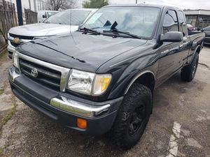 Toyota Tacoma With Rebuilt Motor!!!!!!!!!!! for Sale in Houston, TX