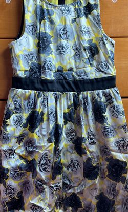 Juicy Couture Yellow Floral Dress: Kids Size 12 for Sale in Morgan Hill,  CA