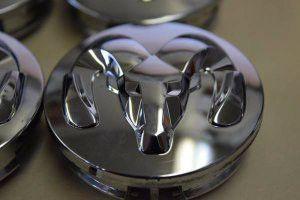 Set of Four DODGE 1500 Caliber Dakota Charger OEM Center Caps Chrome for Sale in Orlando, FL