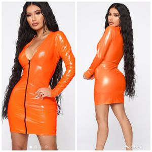 Xsmall, small and medium. Fashion nova on the bright side dress neon orange for Sale in Los Angeles, CA