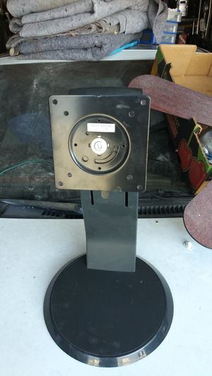 Universal Dell lcd led laptop computer monitor screen stand with usb inputs for Sale in Las Vegas, NV