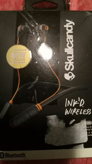 Skullcandy Bluetooth earbuds for Sale in Ashland City, TN