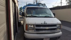 2000 chevy van express v6 engine working fine, has issues with transmission. for Sale in Anaheim, CA