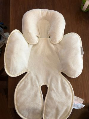 Car seat infant insert for Sale in Spring, TX