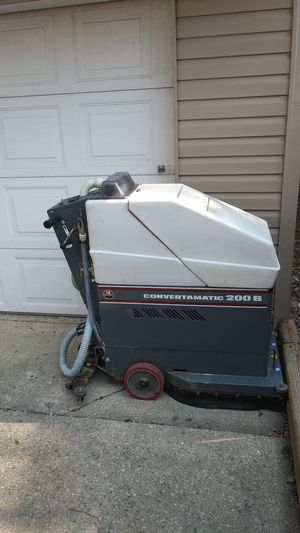 Advance Convertamatic 200 B floor scrubber for Sale in Lombard, IL