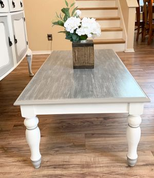 Coffee table for Sale in Roseville, CA