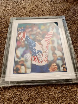 Magic Johnson Autographed Photograph Olympic Gold Medal Win Framed for Sale in Fontana, CA