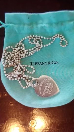 TIFFANY & CO HEART TAG NECKLACE for Sale in Tampa, FL