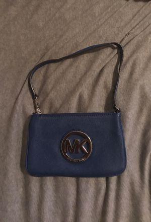 Michael Kors wristlet purse for Sale in El Paso, TX