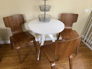 Cute kitchen table for Sale in Oakland, CA
