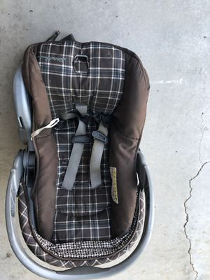 Three positioned car seat for Sale in Avondale, AZ