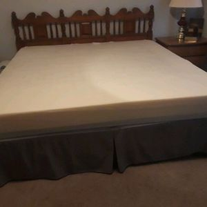 King size bed for Sale in Myrtle Beach, SC