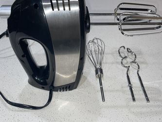 Electric Hand-Held Mixer - Multiple Attachments for Sale in Los Angeles,  CA
