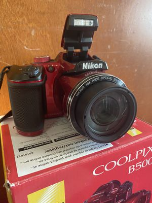 "Nikon Cool Pix 16.0 MegaPixels 3 "" Screen Full HD Movie Model B500 for Sale in Watertown, CT"