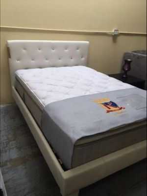 Brand new diamond bed frames for Sale in Atlanta, GA