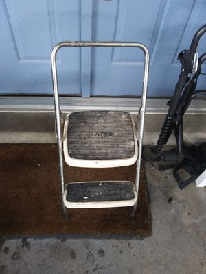 Stepstool - $5.00 for Sale in St. Louis, MO