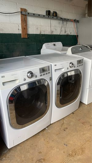 Lg washer n electric dryer set for Sale in Philadelphia, PA
