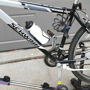 Cateye CS-1000 Velo cycle, Cyclosimulator Stationary Bike Bicycle Holder for Sale in Bloomfield Hills, MI