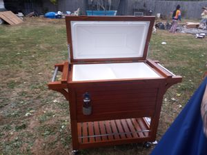 DELUXE TOMMY BAHAMA COOLER for Sale in Indianapolis, IN