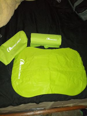 Moon Lence Sleeping Bag W/ Pillow for Sale in Ontario, CA
